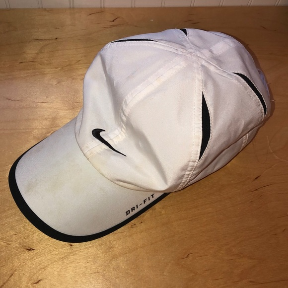 Nike Accessories - Nike Golf Hat